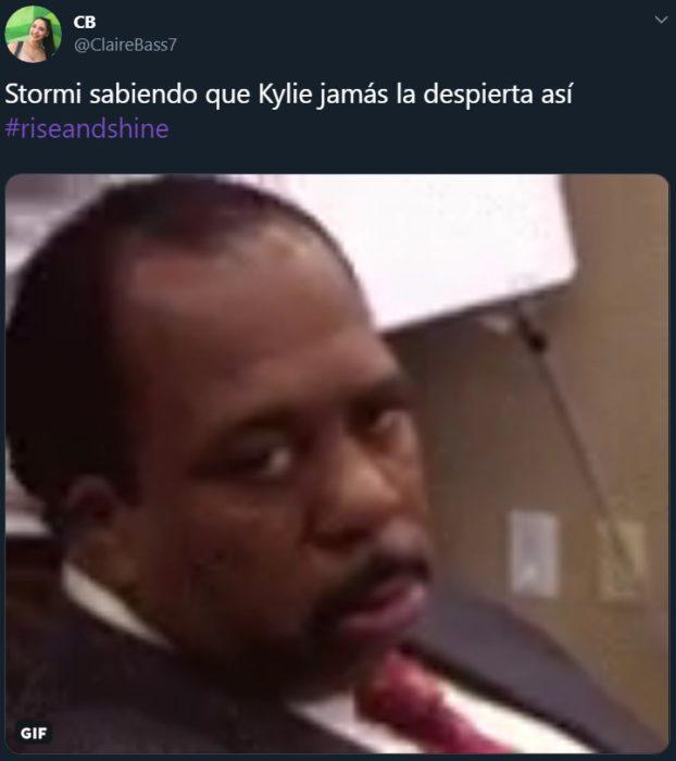 Kylie Jenner se vuelve meme después de cantar Rise and shine a Stormi