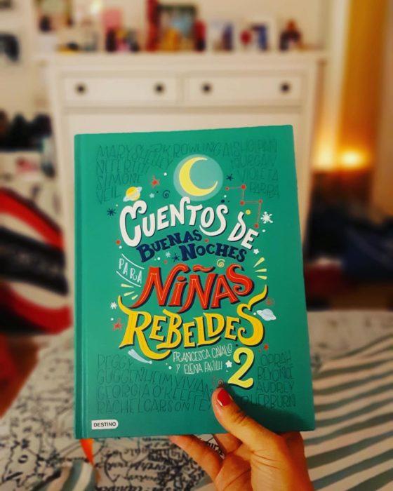 Portada dle libro Cuentos de buenas noches para niñas rebeldes 2
