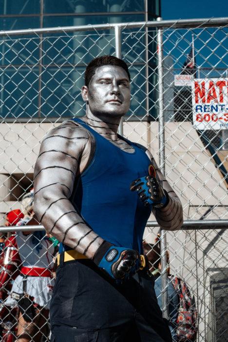 Chico disfrazado como personaje de X-Men en New York Comic Con 2019