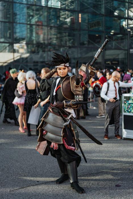 Chico disfrazado como personaje Samurai en New York Comic Con 2019