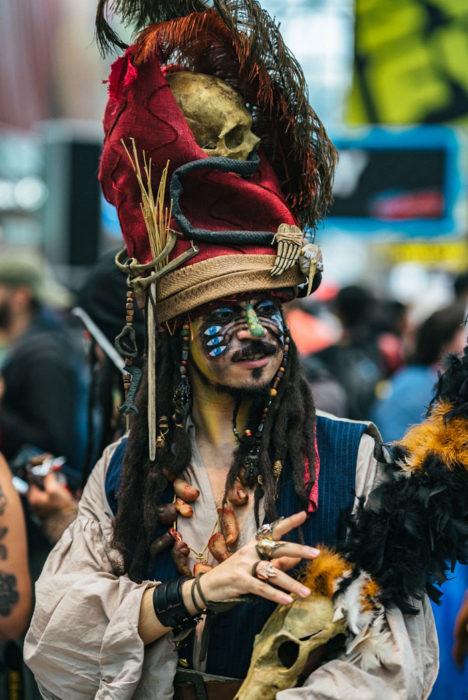 Chico disfrazado como Jack Sparrow en New York Comic Con 2019