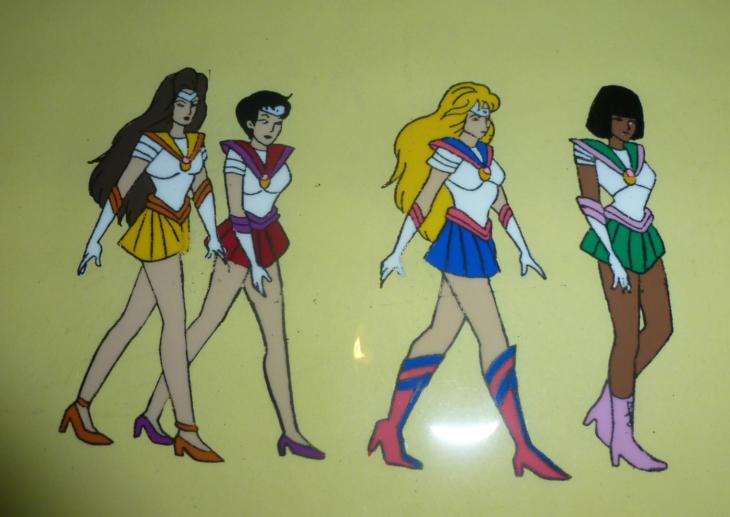 Versión americana de Sailor Moon; Sailors Mercurio, Venus, Marte, Júpiter y Serena