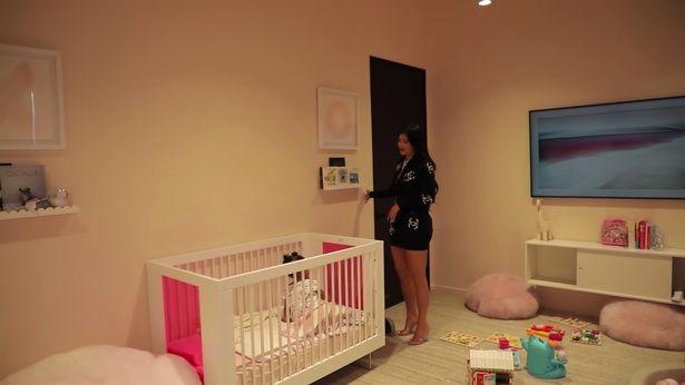 Cuarto de juegos y dormitorio de Stormi, hija de kylie Jenner
