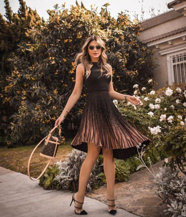 Vestido muy bonito en color café