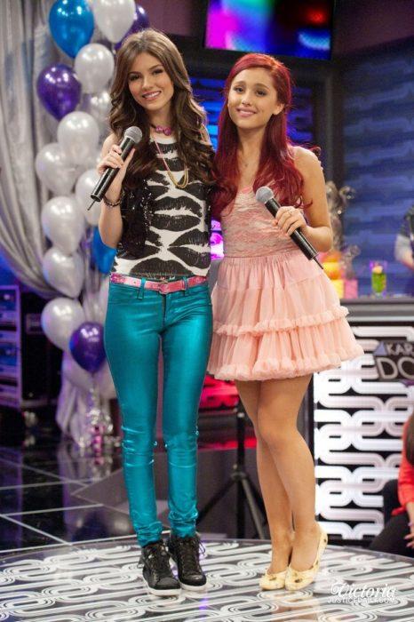 Victoria Justice y Ariana Grande
