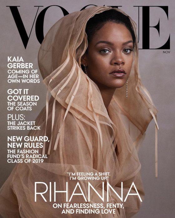 Rihanna en la portada de la revista de moda Vogue Estados Unidos, noviembre del 2019