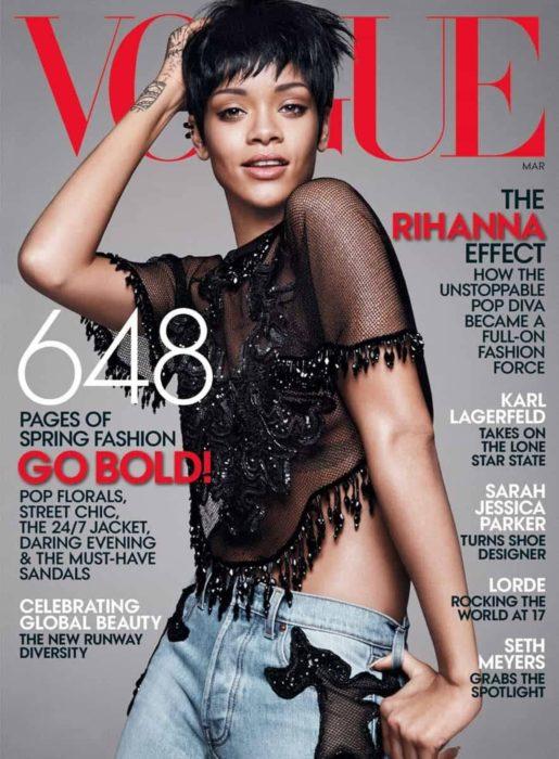 Rihanna en la portada de la revista de moda Vogue Estados Unidos, marzo del 2014; mujer de cabello corto con corte pixie