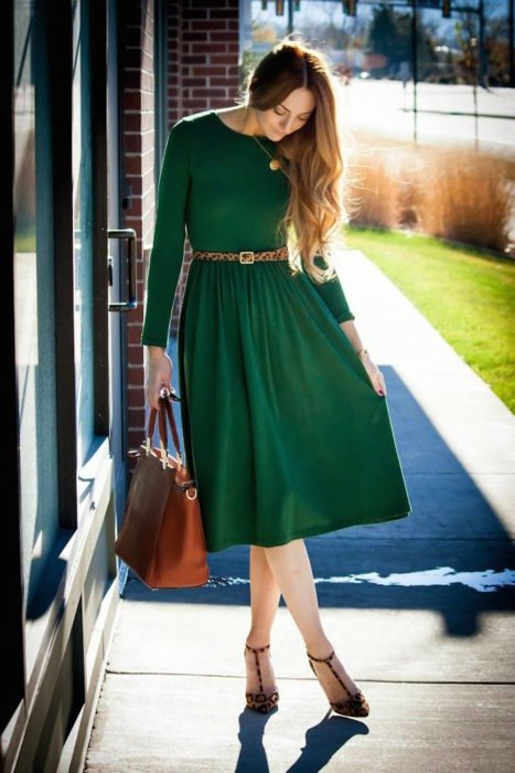 outfit color verde