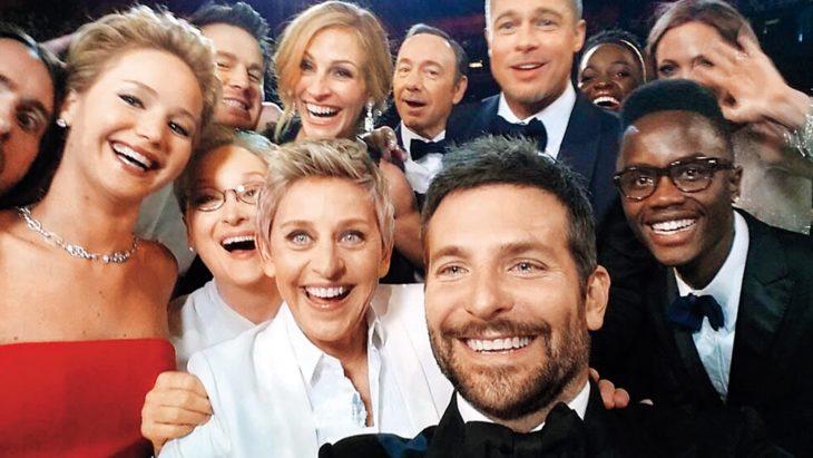 Selfie que tomó Ellen Degeneres en los oscar del 2014