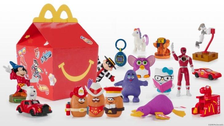 Cajita Feliz McDonalds con juguetes de los 90