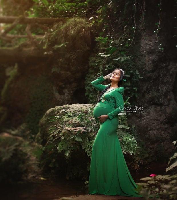 Fotógrafa brasileña Vanessa Firme fotografía mujeres embarazadas disfrazadas de princesas; Fiona de Shrek