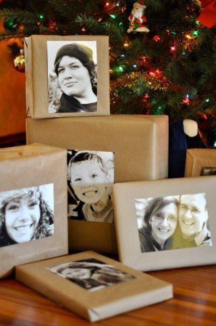 Cajas de cartón decoradas con papel revolución y fotografías en blanco y negro