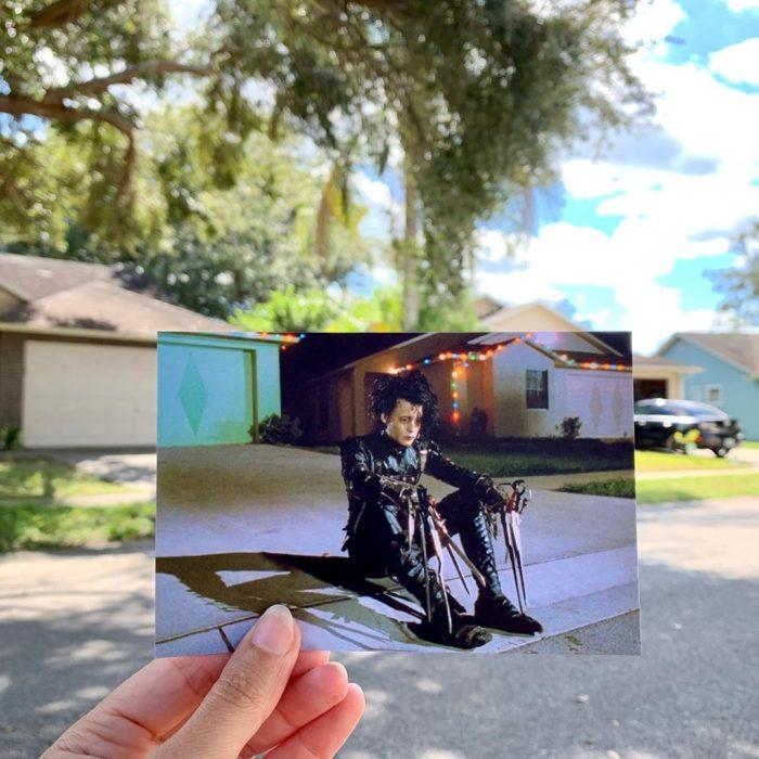 Andrea David viaja fotografiando locaciones de películas; El hombre manos de tijera, Johnny Depp