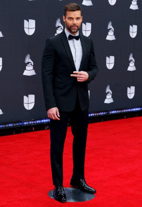 Los peores looks de los Latin Grammys 2019; Ricky Martin