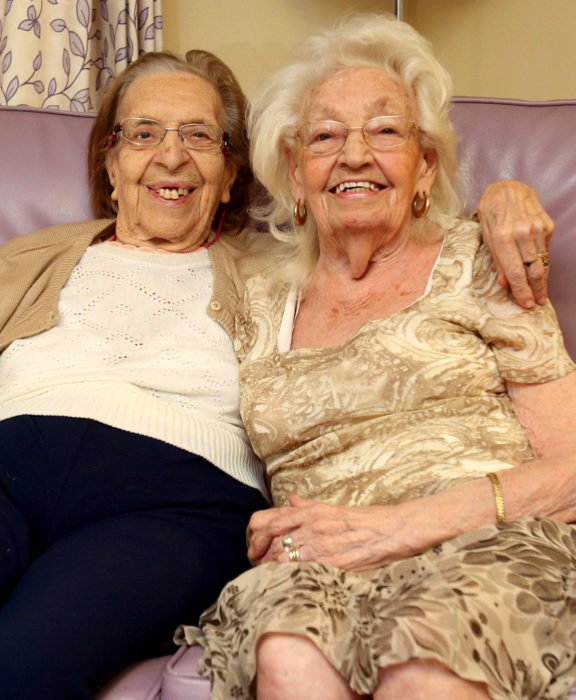 Kathleen Saville y Olive Woodward; viejitas y mejores amigas se mudan juntas a los 80 años