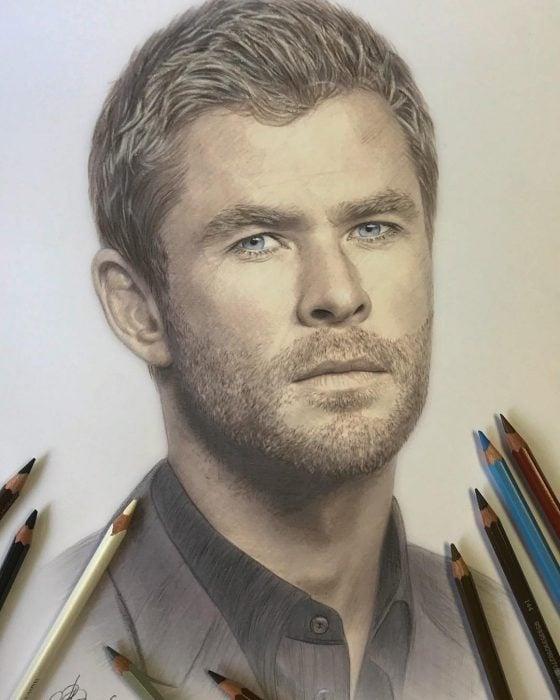 Dibujo hiperrealista de la artista litvin alena, Chris Hemsworth