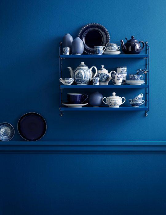 Pantone elije el classic blue como el color del 2020; pared azul clásico