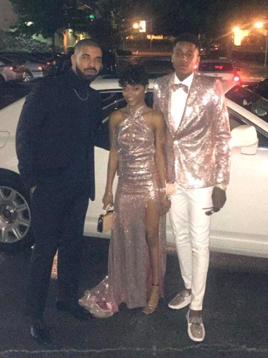 Drake lleva a fan a baile de graduación