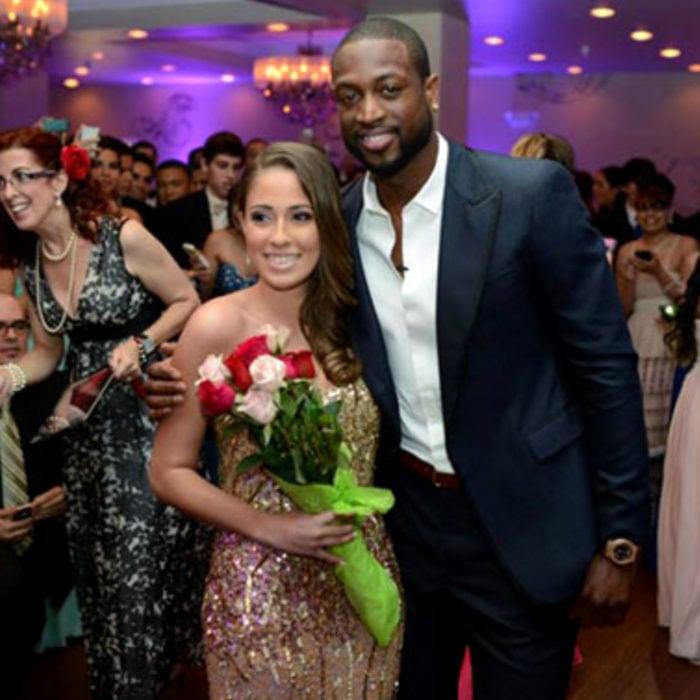 Dwayne Wade lleva a fanática a baile de graduación