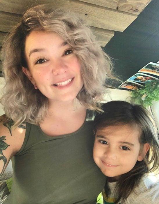 Luna, la niña que aprendió jiu jitsu para defenderse de los bullies; mamá e hija