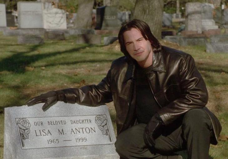 Películas de Keanu Reeves; El observador