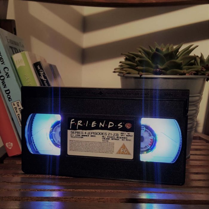 Lampara de HVS de la serie Friends