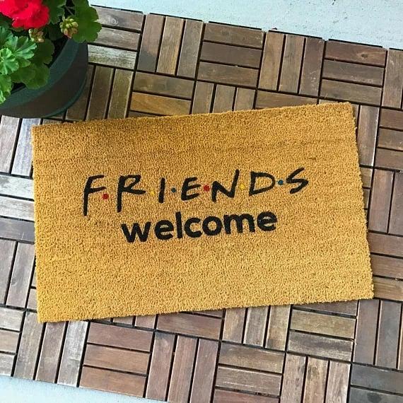 Tapete de Friends para entrada de la casa