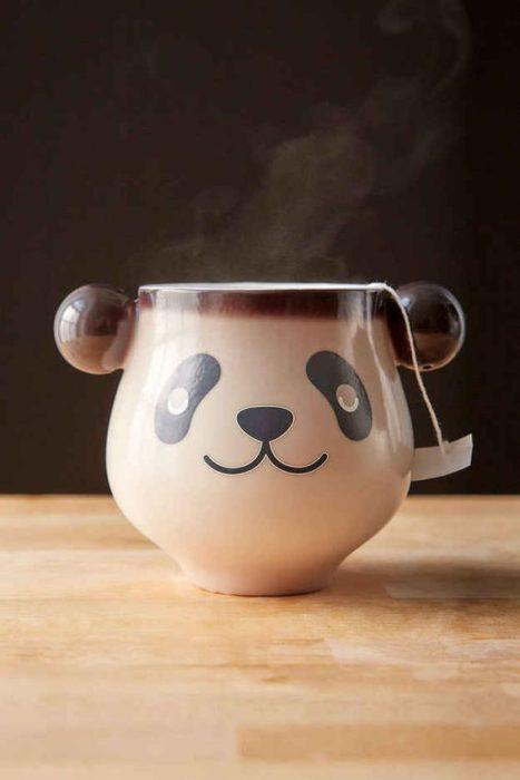 Taza en forma de oso panda