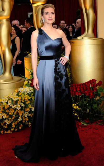 Kate Winslet en la alfombra roja de los premos Oscar 2009