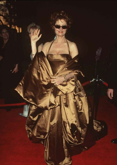 Susan Sarandonen la alfombra roja de los premios Óscar en 1996