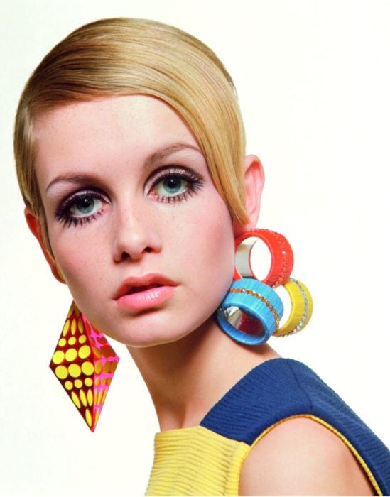 Maquillaje tendencia para el 2020;; delineado gráfico o flotante; Twiggy