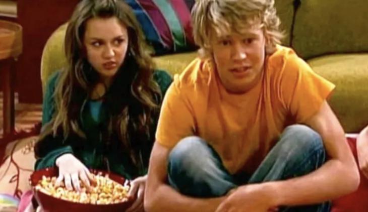 Austin Butler Tuvo una cita a ciegas con Miley en Hannah Montana, y fue horrible.