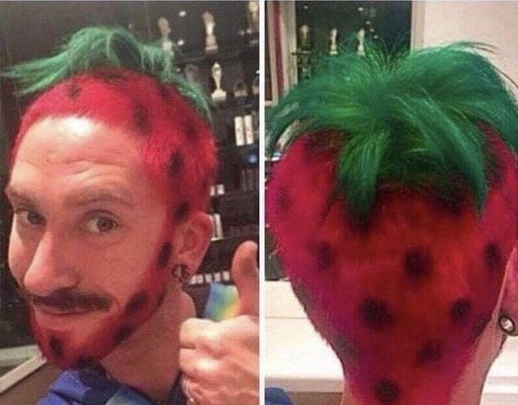 Hombre con corte de cabello en forma de fresa