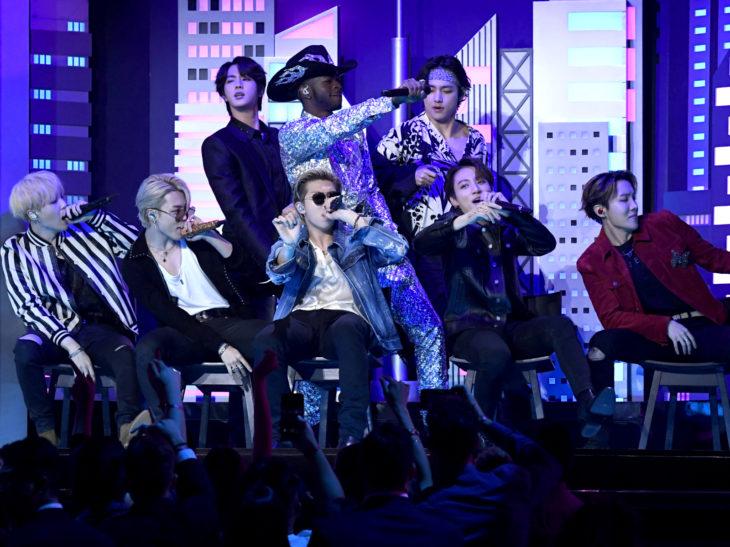 Mejores momentos de los Grammy 2020; Lil nas X con BTS, Old town road