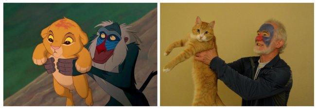 Señor sosteniendo a un gato y recreando una escena de El rey León
