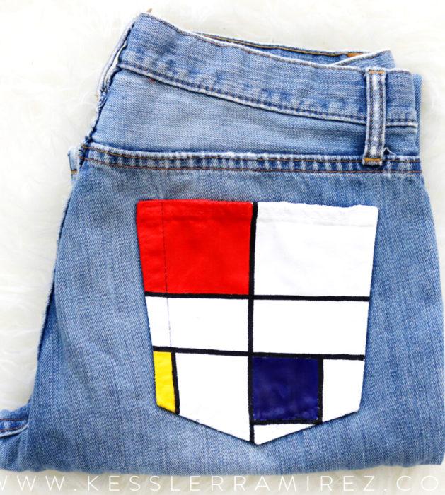 Jeans pintados con obras de arte por Kessler Ramirez; Conposición C, Piet Mondrian