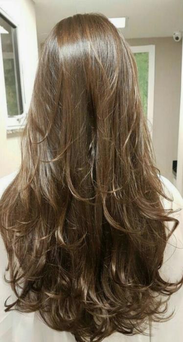 Corte de cabello largo en capas