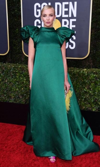 Jodie Comer en la alfombra roja de los Golden Globes 2020