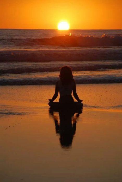 Tranquilidad y modo zen en la playa