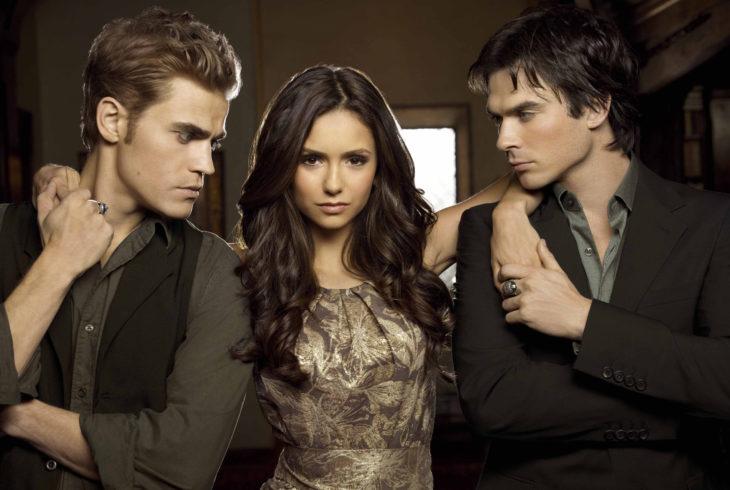 Estudio dice que las mujeres deben tener más de un esposo; The Vampire Diaries, Elena, Damon y Stefan Salvatore