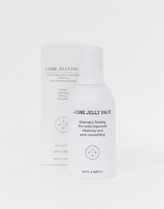 Prebase de maquillaje a base de ácido hialurónico y fullereno