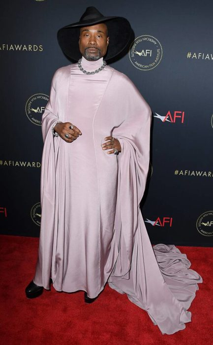Billy Porter Look túnica lila AFI Awards 2020