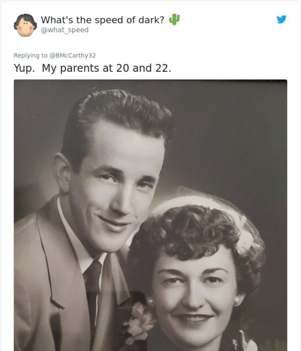 Comentario en Twitter de personas de hace años que se ven de mayor edad que los de hoy
