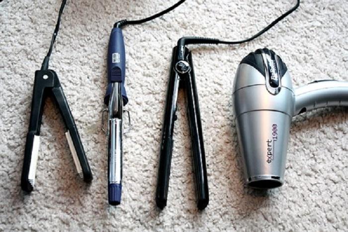 Plancha, tenaza y secador de cabello