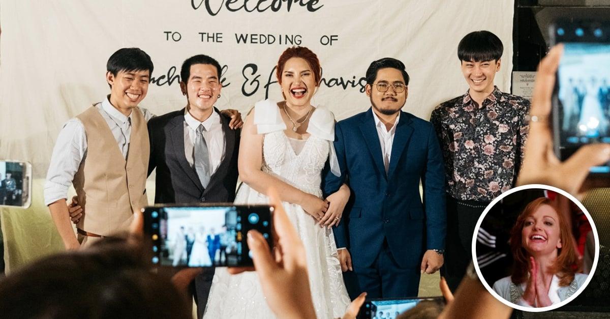 Chica invita a sus 3 exnovios a su boda y la foto del recuerdo es lo mejor del mundo