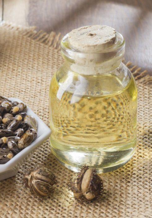 Botellita de aceite de ricino con corcho de madera