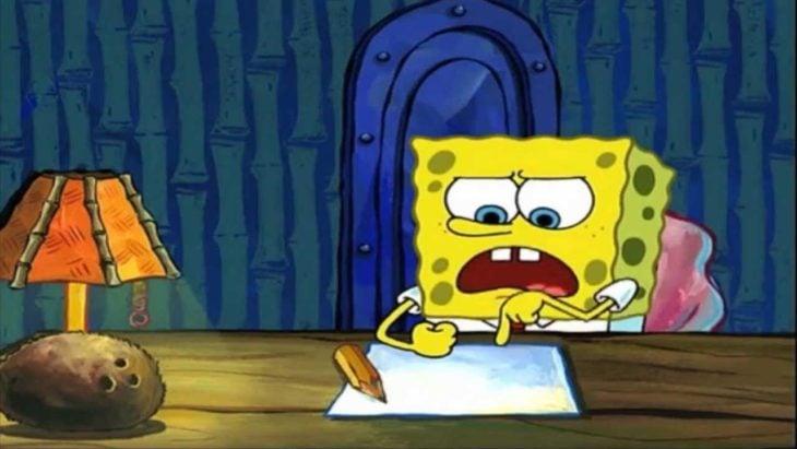 Bob esponja cuando procrastina para no escribir su ensayo de la clase de conducir