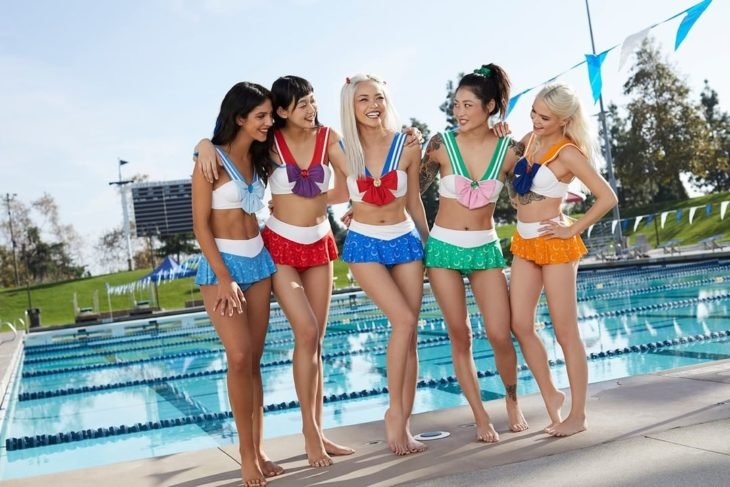 Colección de bikinis de Sailor Scouts de Hot Topic