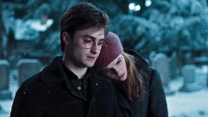 Emma Watson y Daniel Radcliffe en una escena de Harry Potter y las reliquias de la muerte parte I