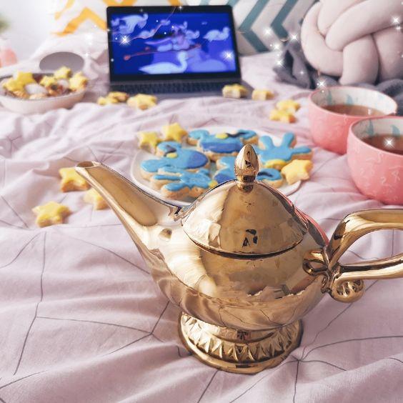 Taza cafetera inspirada en la lampara maravillosa de Aladdín